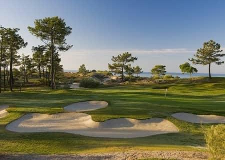 jogar golf em Troia