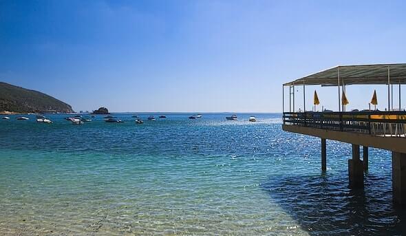 praia-portinho-arrabida-portugal